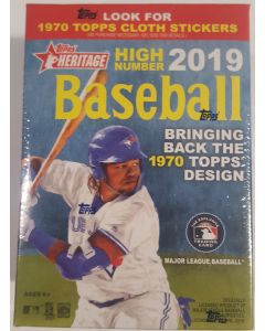 2019 Heritage High Number Blaster 8 packs per box